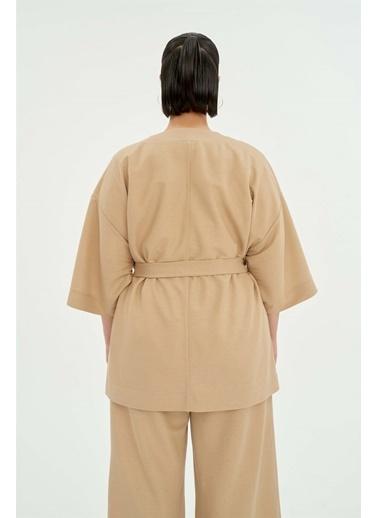 Luokk Mark Rahat Kesim Kuşaklı Kadın Kimono Bej Bej